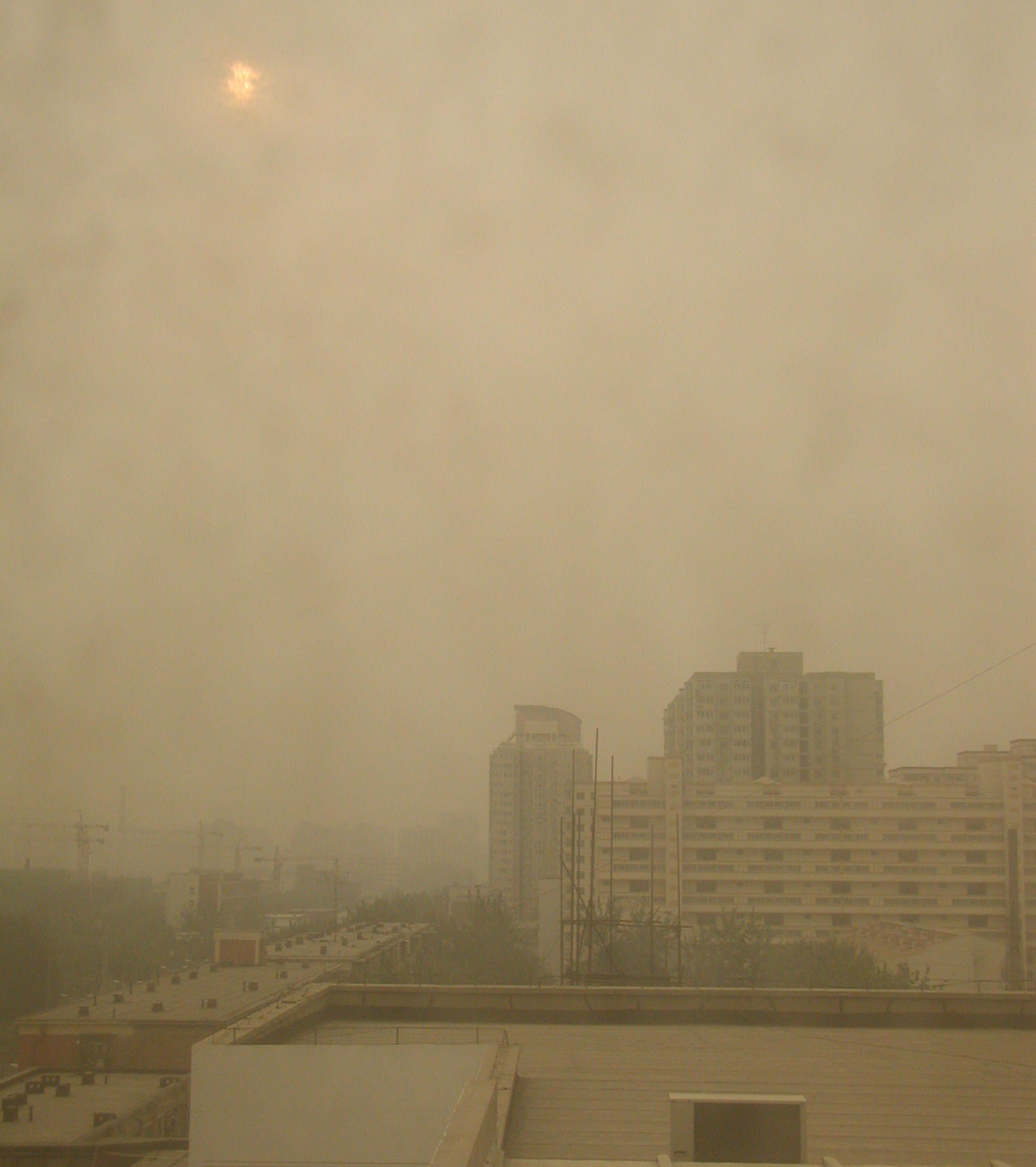 china and smog problem As long as china stayed the world's greatest emitter of pollutants, america had  one less problem to worry about, right  haze of lingering smog, so is it really a  wonder why only 1% of the chinese population in cities breathes.
