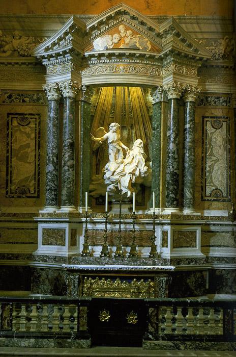 a critique of gian lorenzo berninis cornaro chapel in rome Ecstasy of saint teresa in the cornaro chapel ecstasy of saint teresa by bernini cornaro chapel, santa maria della vittoria, rome.